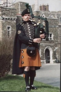 tartan_Royal-Irish-Ranger-Piper-