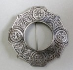 Large Keltic Brooch Piper or Drummer